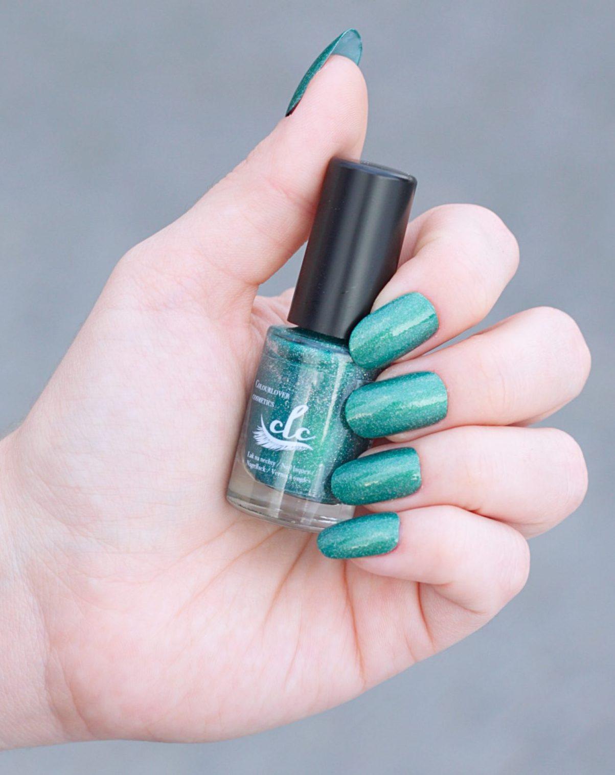 Colour Lovr Cosmetics Emerald